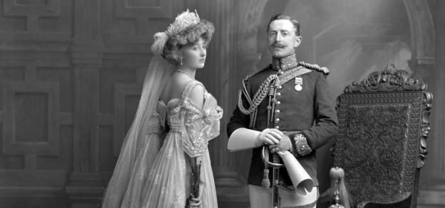 S ir Morgan George Crofton, 6. baronet Mohill (1879-1958) i lady Crofton, z  domu Frances Margaret Irby (1884-1950), 1 czerwca 1906, fot: Archiwum  Lafayette, V&A Museum w Londynie