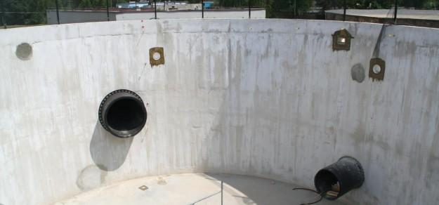 fot. Wkrótce baseny zostaną napełnione wodą i przyjmą pierwszych nurków.