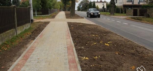Chodnik w Czarkowie (fot. powiat pszczyński)