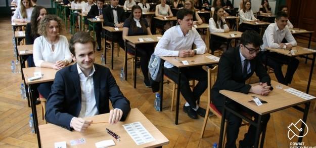 Podczas tegorocznej matury w I LO im. B. Chrobrego w Pszczynie (fot. powiat pszczyński)