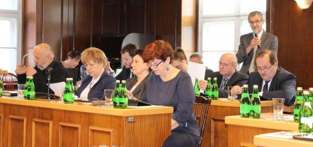 Marek Szklorz zauważył, że oprócz zadań z budżetu obywatelskiego, projekt budżetu nie przewiduje innych inwestycji na os. Kolonia Jasna