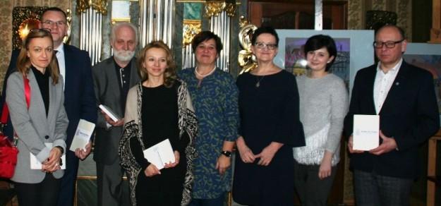 """Na spotkaniu promocyjnym """"Kronik Pszczyńskich"""" pojawili się współautorzy publikacji."""