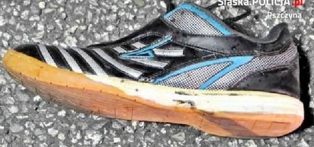 fot. KPP Pszczyna Takie buty miała na sobie ofiara wypadku.