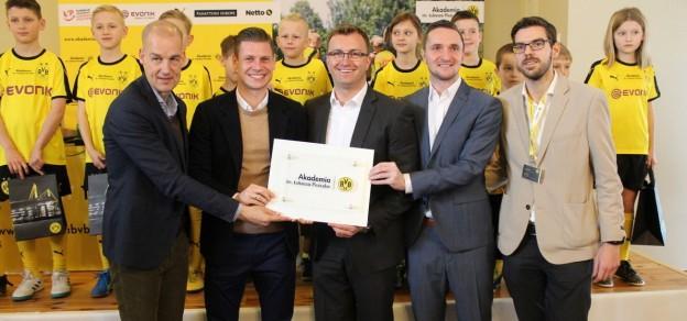 W Goczałkowicach pojawił się m.in. Carsten Cramer, dyrektor zarządzający sprzedaży i marketingu Borussi Dortmund (pierwszy z lewej)