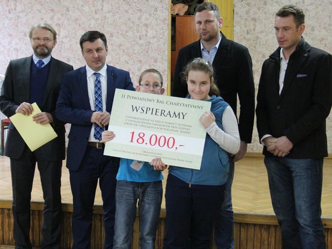 Na balu zebrali 36 tys. zł. Pieniądze trafiły do stowarzyszeń
