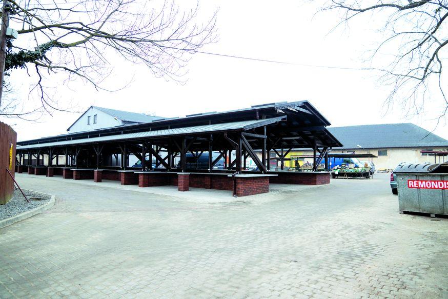 W Koszarach Ułańskich powstał nowy pasaż handlowy