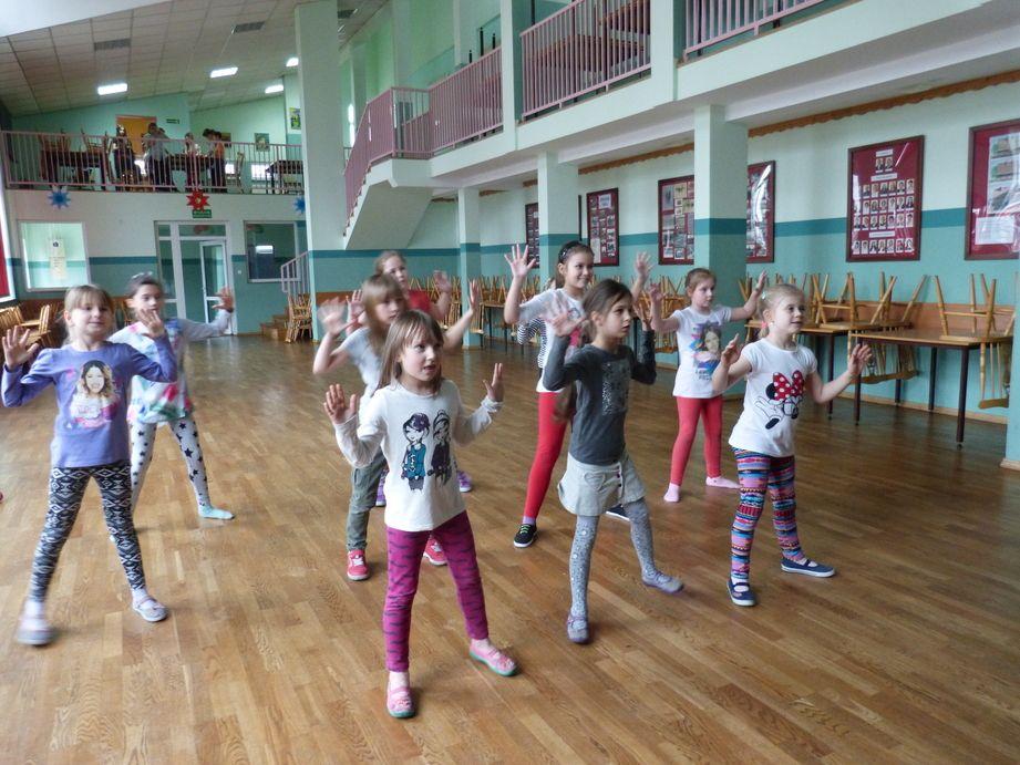 W Łące dzieci spędzają czas kreatywnie i zdrowo!