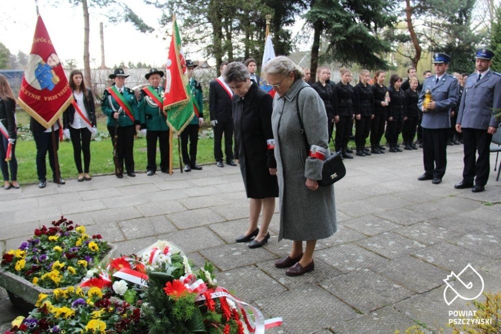Uczcili pamięć ofiar Katynia i zesłanych na Sybir