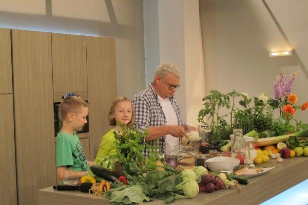 Uczniowie z Warszowic gotowali na antenie TVP2!