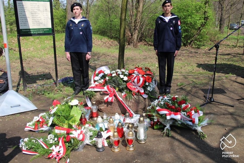 Wspominali ofiary zbrodni katyńskiej i masową zsyłkę Polaków na Sybir