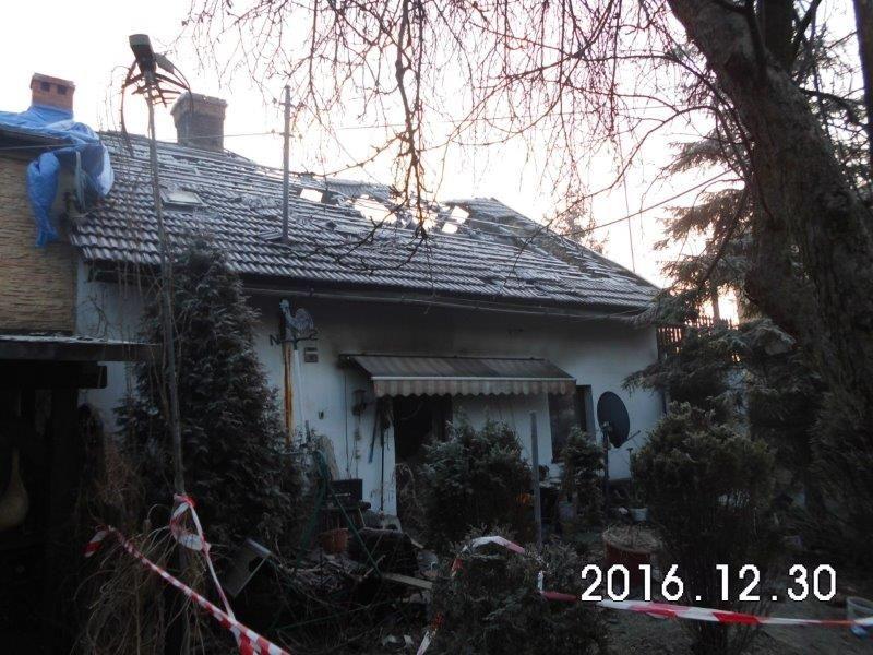Piasek: dom do wyburzenia po pożarze w wigilię. Można pomóc