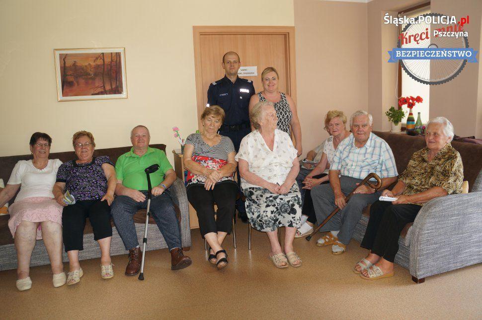 Z seniorami w Kobiórze o bezpieczeństwie w wakacje