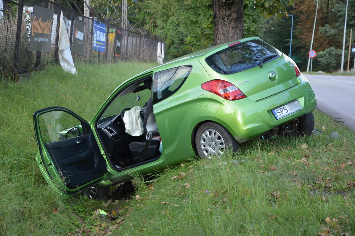 Kolizja na ul. Wodzisławskiej. Hyundai zderzył się z mazdą