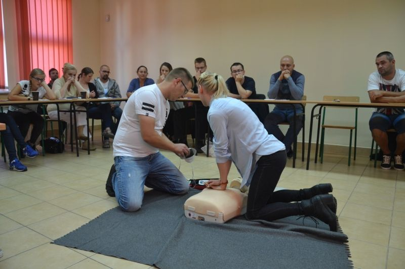 Przez dwa dni uczyli się jak udzielać pierwszej pomocy