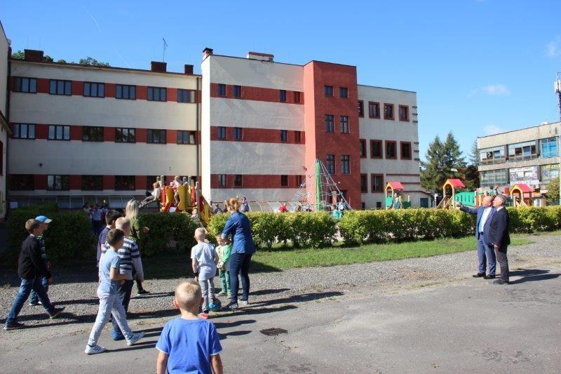 Ponad 200 tys. zł na pomoce dydaktyczne dla szkół