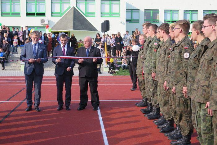 Szkoła średnia w Pawłowicach obchodziła 20-lecie istnienia