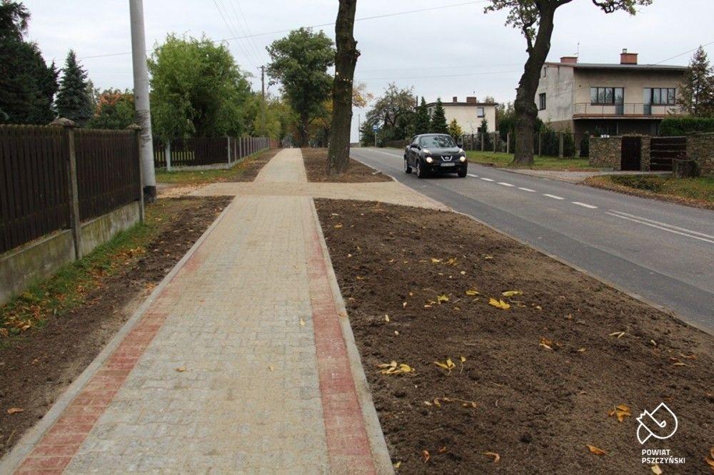 Chodniki w Pielgrzymowicach i Czarkowie gotowe