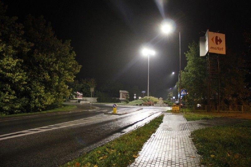 Trwa wymiana lamp przy drogach w gminie Pszczyna