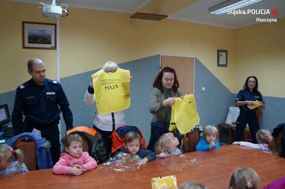 Goczałkowickie przedszkolaki z wizytą na komendzie