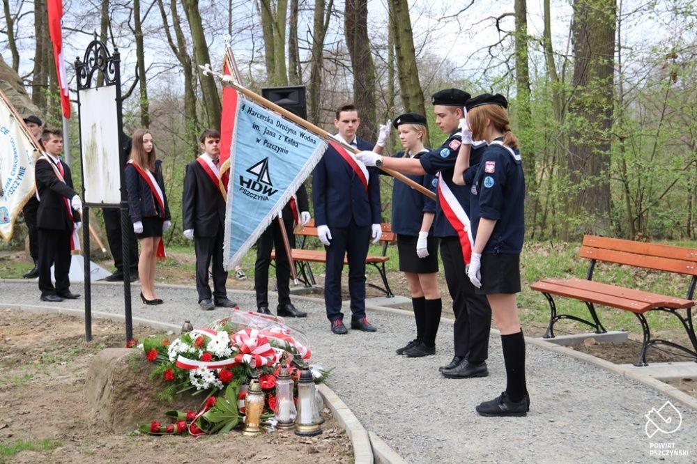Oddali hołd pamięci ofiar zbrodni katyńskiej