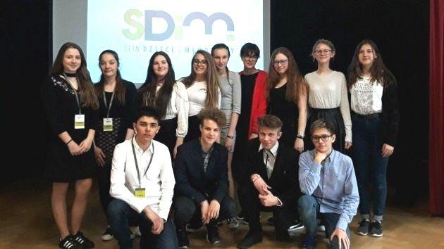10 uczniów z powiatu w Sejmie Dzieci i Młodzieży