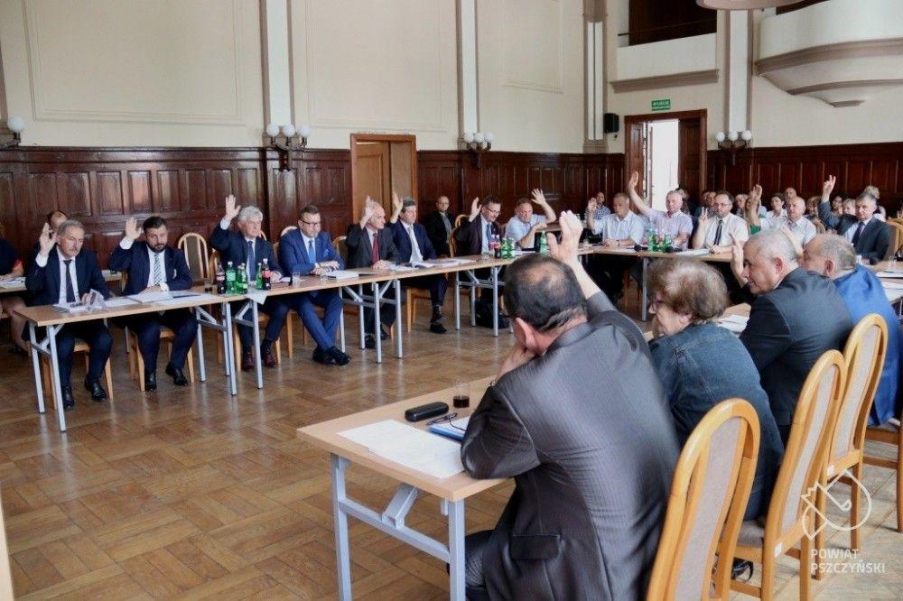 Rada udzieliła absolutorium Zarządowi Powiatu