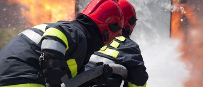 Pożar w Suszcu: 32 osoby ewakuowane, 10 osób w szpitalu
