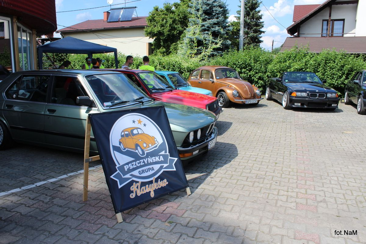 Spotkanie miłośników klasycznej motoryzacji w Jankowicach