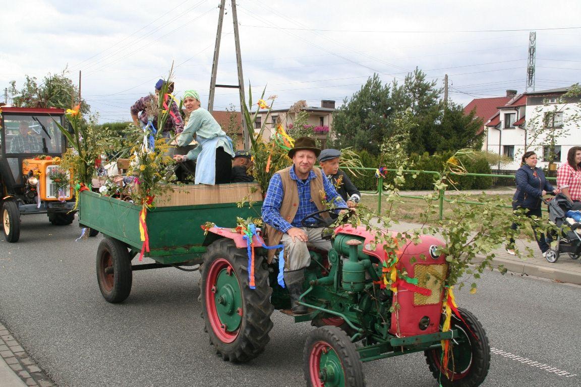 Rolnicy podziękują za plony w Suszcu