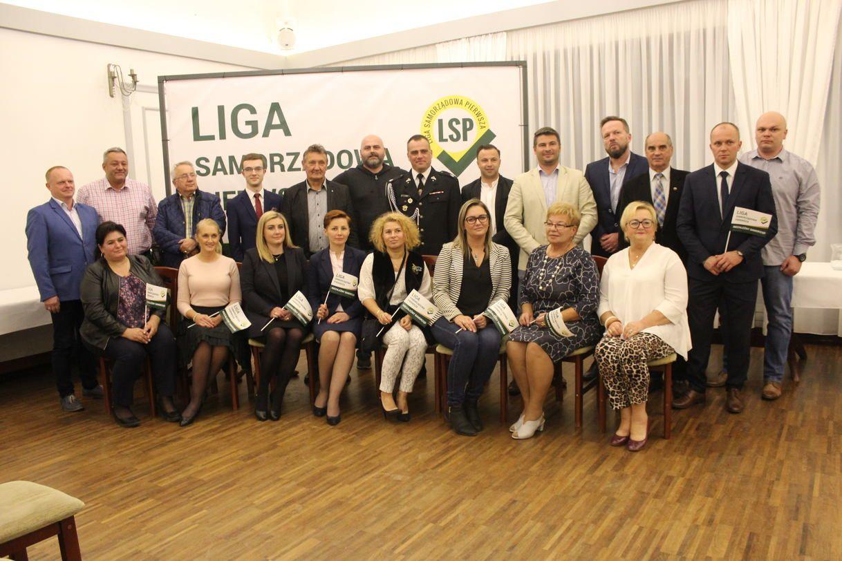 Liga Samorządowa prezentuje program i kandydatów