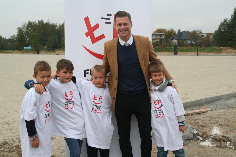 Piszczek zainaugurował budowę akademii piłkarskiej