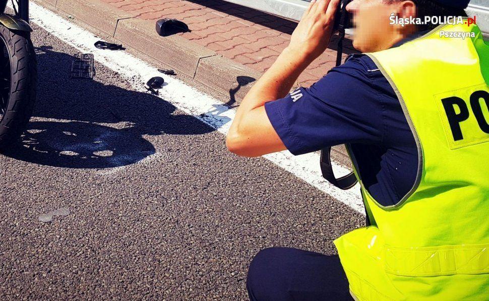 Motocyklista wyprzedzał, kierowca golfa skręcał do posesji