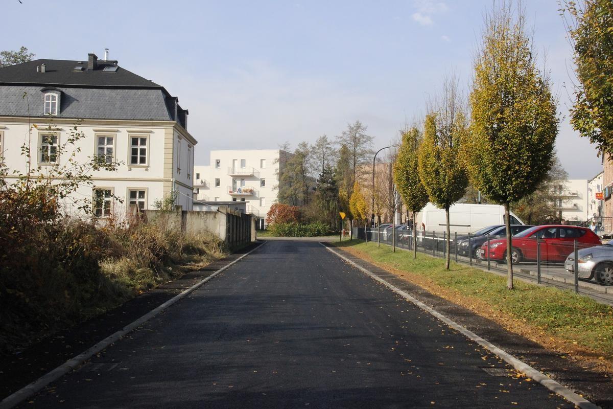 Nowy asfalt na ul. Francuskiej