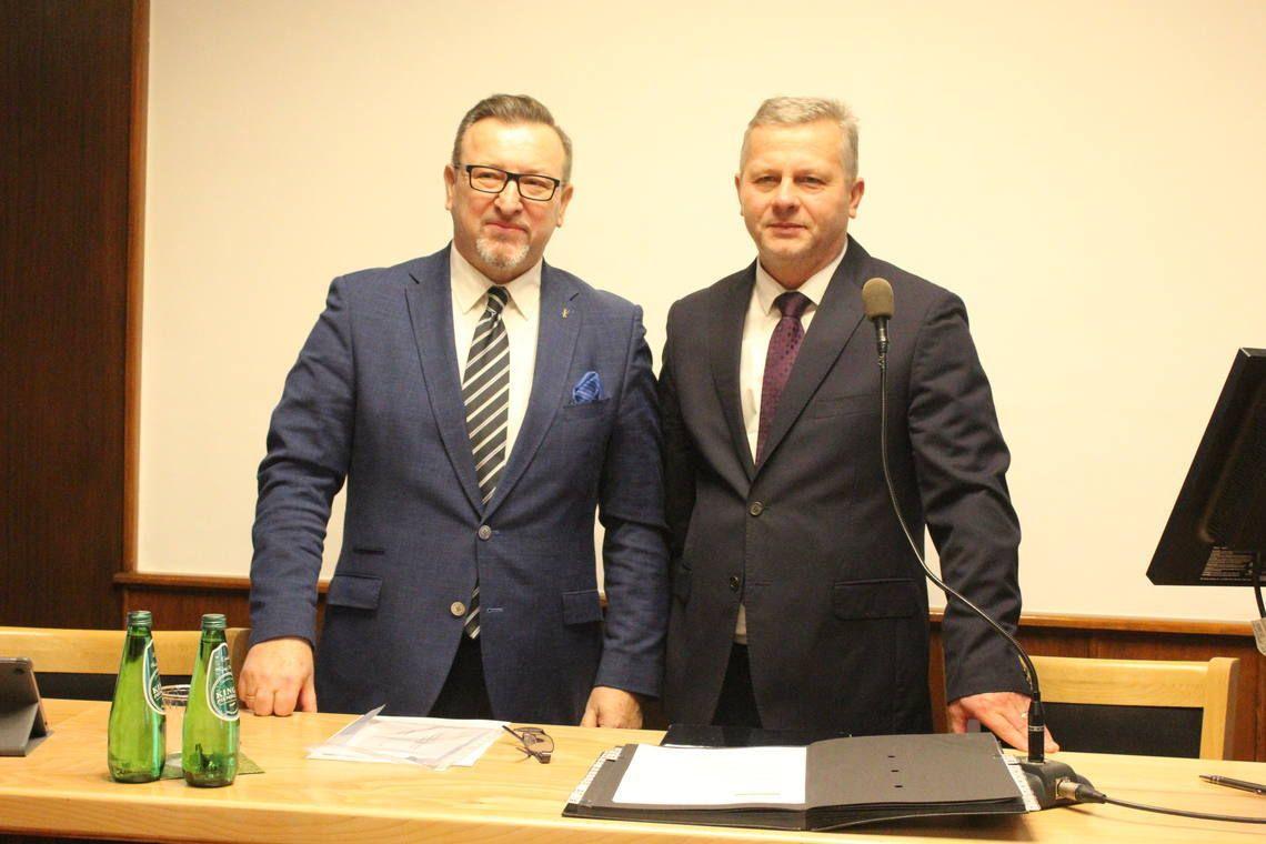 Pierwsza sesja Rady Miejskiej: Leszek Szczotka ponownie przewodniczącym