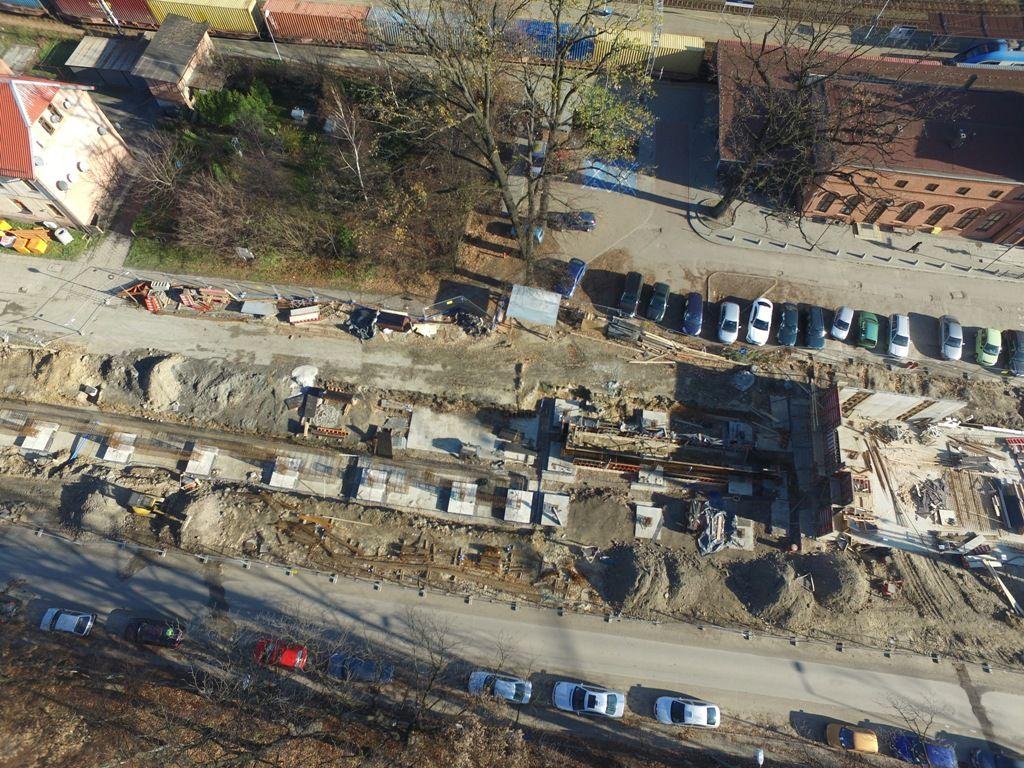 Rosną mury centrum przesiadkowego w Pszczynie