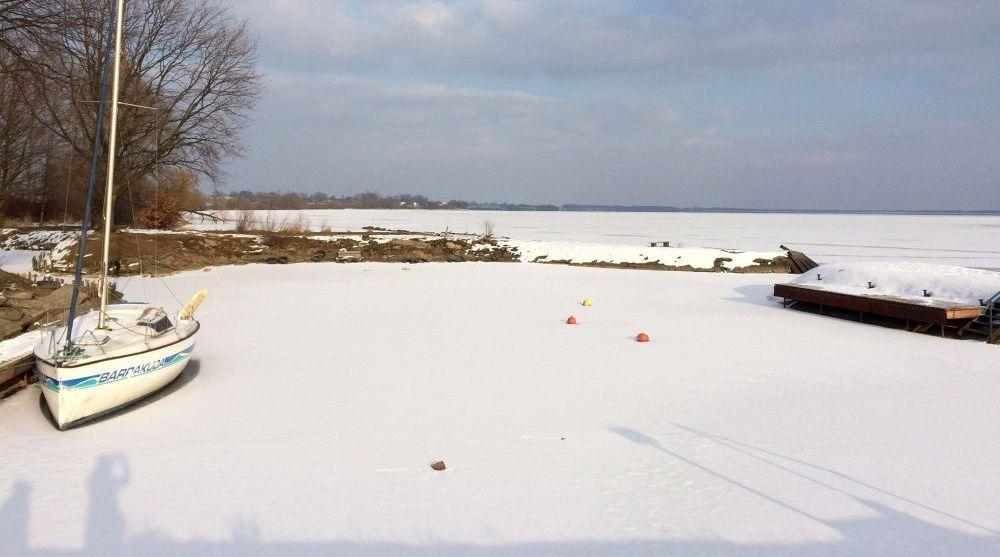 Jezioro Goczałkowickie zamarzło. Dostawy wody nie są zagrożone