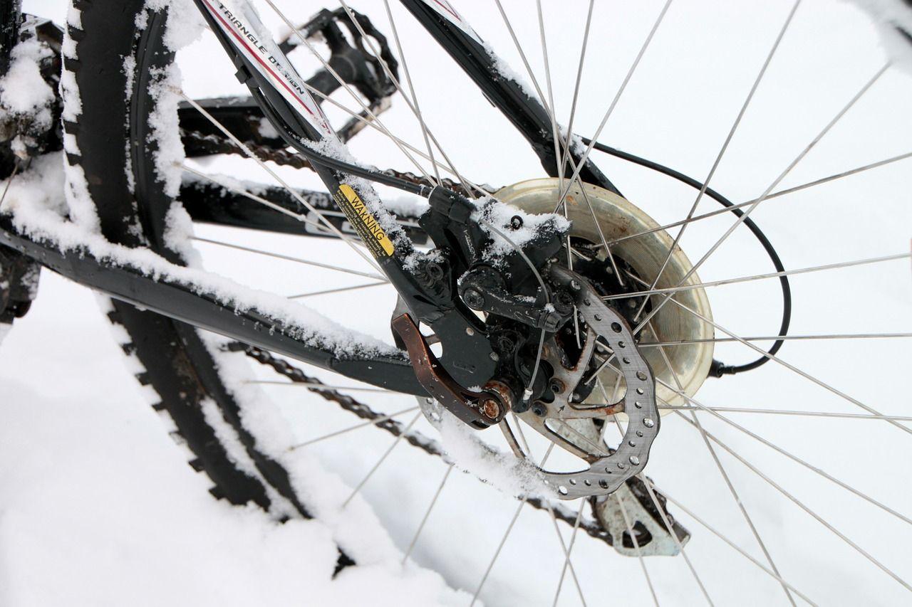Rowerzysta potrącony w Górze. Był nietrzeźwy