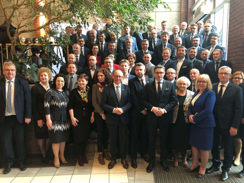 Burmistrz kolejną kadencję w zarządzie ŚZGiP