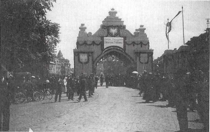 Na rynku stanie brama z 1922 roku!