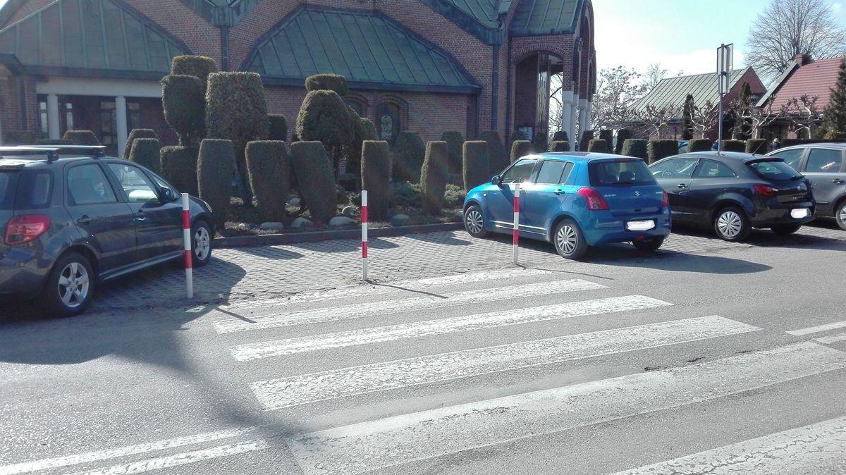 Niebezpieczne przejście dla pieszych w Piasku