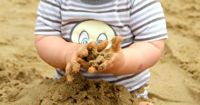 Budują piaskownice dla potrzebujących dzieci