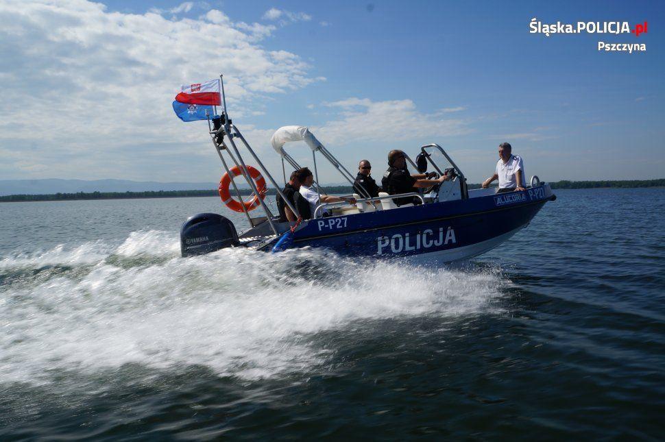 Policyjne patrole wodne i rowerowe gotowe do sezonu