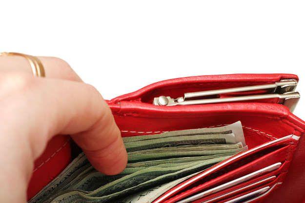 Art. spons. Jak się ratować, gdy brakuje pieniędzy na ważne wydatki?