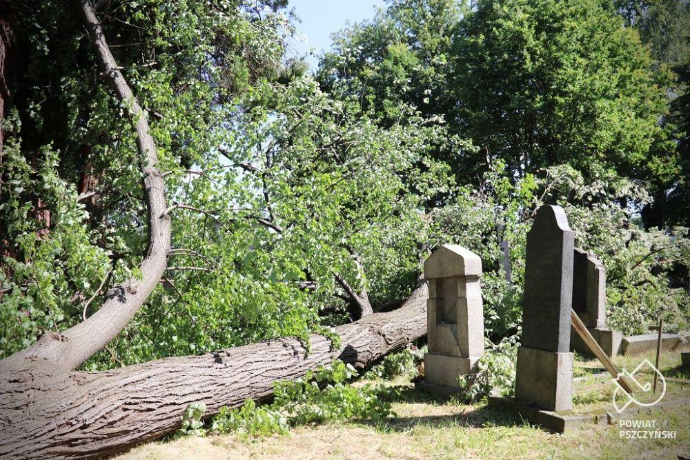 Szybka reakcja starosty na apel opiekuna cmentarza
