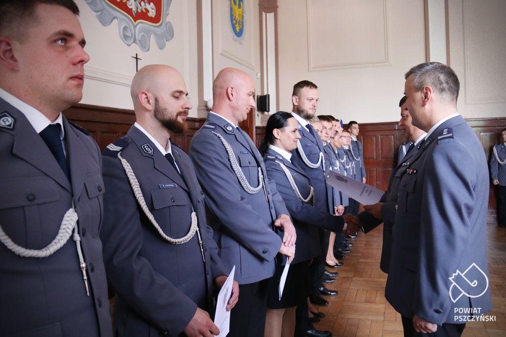 51 pszczyńskich policjantów nominowanych na wyższy stopień