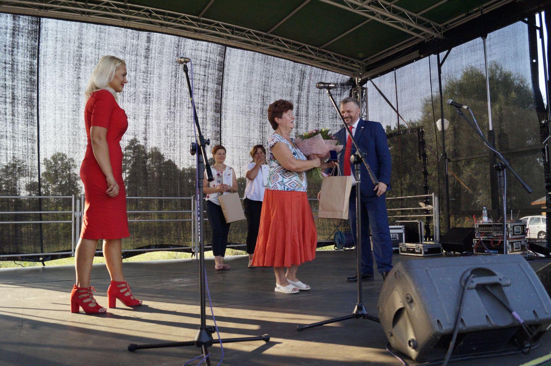II Pierogowy Festyn Kulejących Aniołów za nami. Krystyna Fuławka ze srebrną Odznaką Honorową za Zasługi dla Województwa Śląskiego  [ZDJĘCIA]
