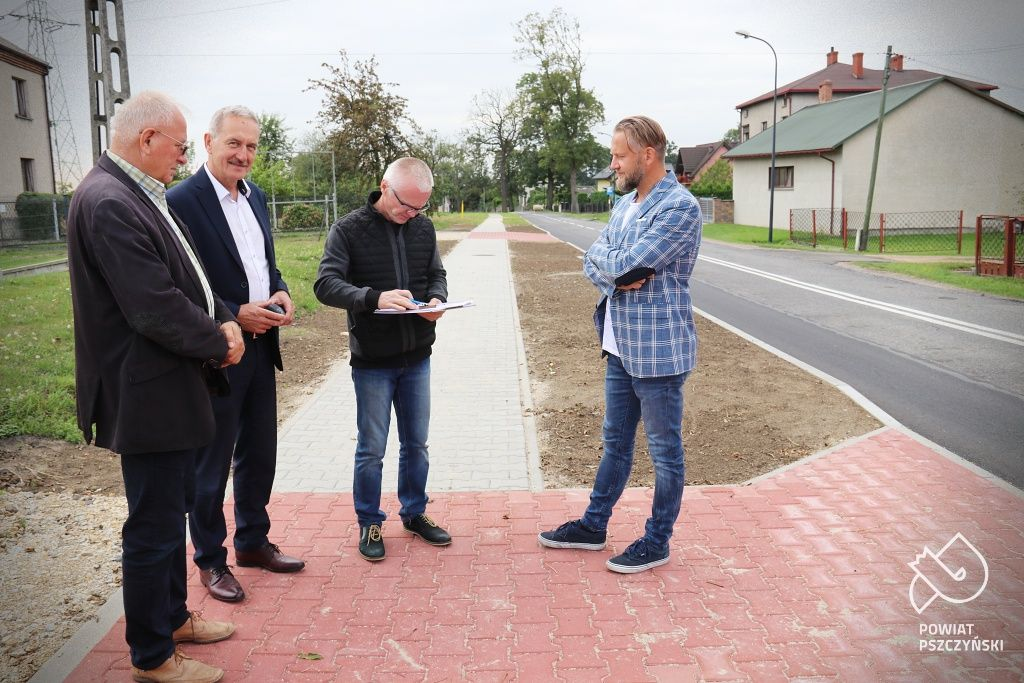 Nowa nawierzchnia na Zielonej i kolejny odcinek chodnika przy Batalionów Chłopskich