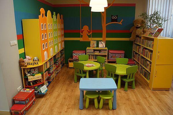 Nowy kącik czytelniczy w pawłowickiej bibliotece