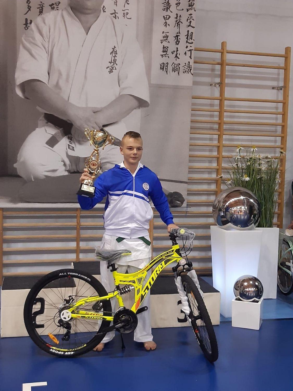 Oskar Witek z Piasku najlepszy na międzynarodowym turnieju karate