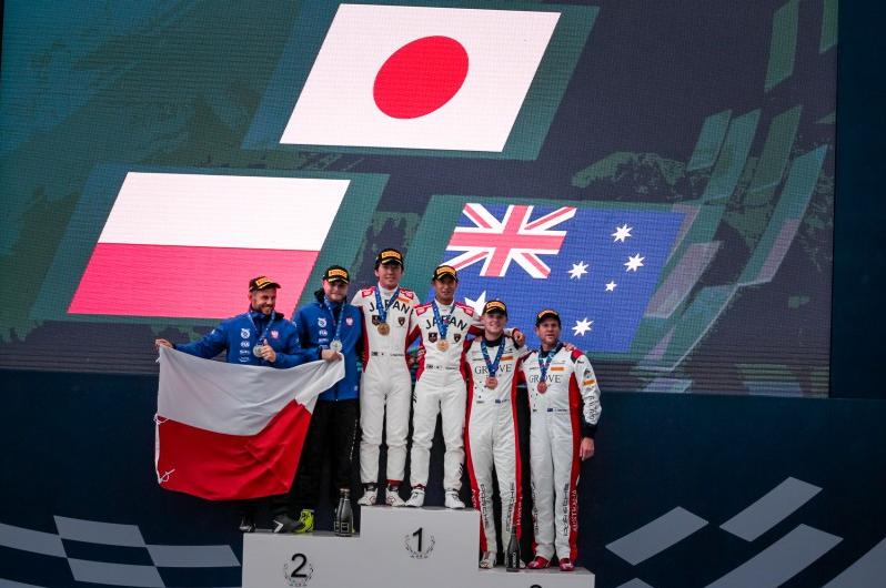 Artur Janosz i Andrzej Lewandowski ze srebrnym medalem na FIA Motorsport Games w Rzymie